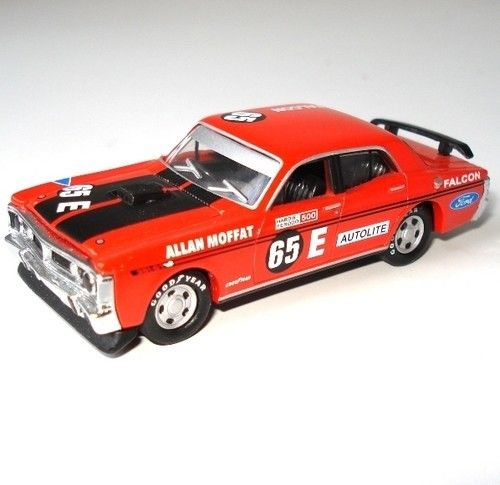 Aussie Road Ragers 1971 Ford Falcon XY GTHO Phase 3 #65E Allan Moffat Bathurst 1:64 Diecast Model - RETIRED