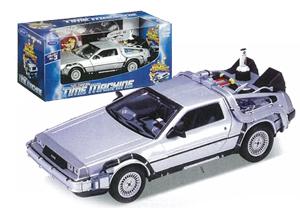 Back to the Future II - DeLorean Time Machine 1:24